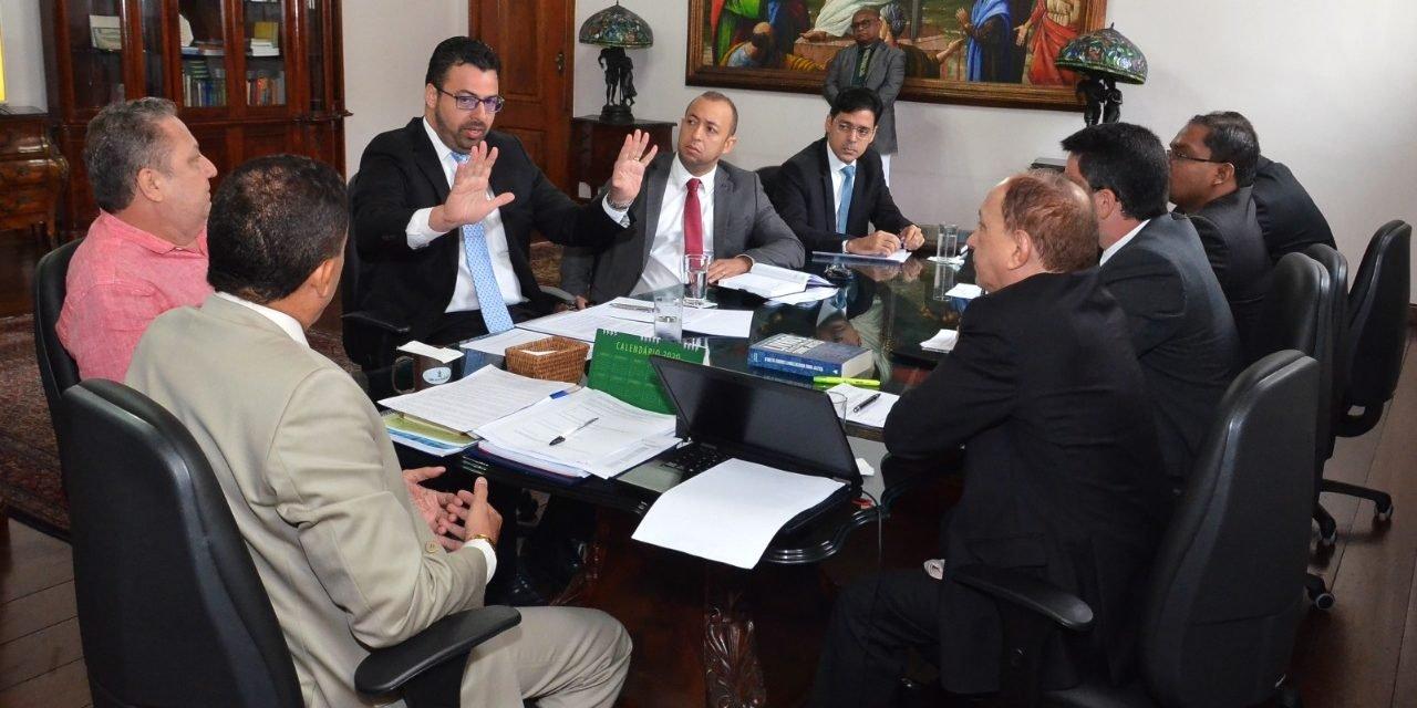 Em reunião no Tribunal, AMMA apresenta sugestões para implementação do Juiz de Garantias